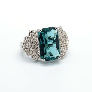 The Louie Comfort Deep Green Sterling Deco Ring